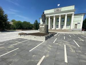 В Челябинске за 24 млн на ЧМЗ благоустроят два сквера и построят сухой фонтан