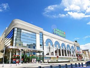 H&M вновь требует с «Гринвича» деньги, сумма ущерба выросла почти в четыре раза