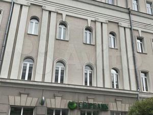 Сбербанк продает здание на Большой Покровской