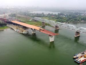 На треть готова надводная часть четвертого моста через Обь в Новосибирске