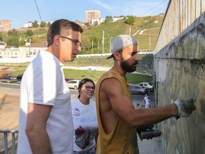 «С этим будем бороться». Нижегородским уличным художникам подберут место для творчества
