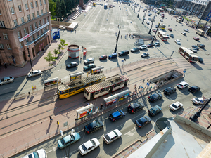 Котова поручила переделать переезд, ремонт которого ранее парализовал проспект Ленина