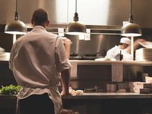 «Здесь никто не хочет работать»: кадровый кризис в ресторанном бизнесе