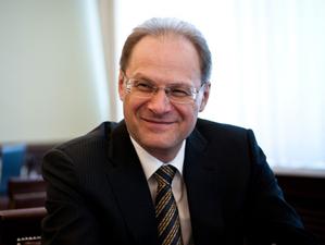 Бывшего губернатора Василия Юрченко привлекут к субсидиарной ответственности