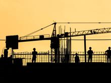 Власти сообщили об отставании от графика строительства ледовой арены к МЧМ-2023