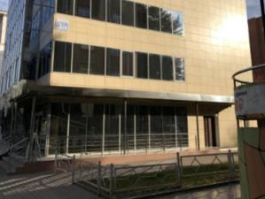 Пятиэтажное административное здание продают в Новосибирске за 110 миллионов