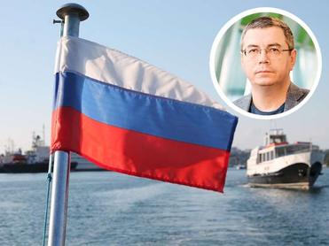 Путин предложил поднимать в школах флаг. Кого делают из детей — патриотов или иноагентов?