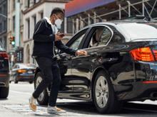 «Яндекс» полностью выкупит доли Uber в трех сервисах за $1 миллиард
