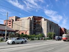 В Екатеринбурге снесли гостиницу «Дели»