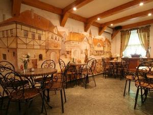 В Тюмени из-за пандемии коронавируса закрылись 19 ресторанов и 68 кафе