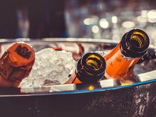 Россиянам возвращают французское шампанское