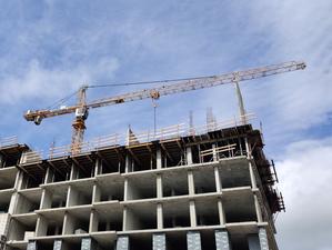 Стройки встанут, сроки будут сорваны — строители просят Евгения Куйвашева о помощи