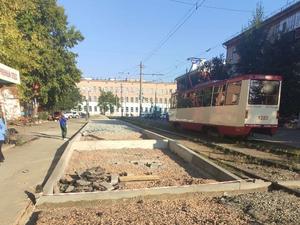 Трамвайные пути в Челябинске будет ремонтировать компания, провалившая стройку набережной