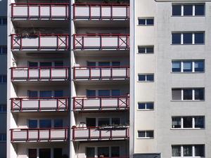 В Красноярске квартиры в новостройках подорожали за год почти на 30%