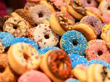 «Будешь жирным». Про детей, которые едят конфеты, и выгоревших взрослых