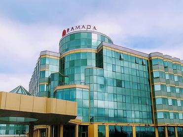 Владельцам отелей Hyatt и «Рамада» снизили налог на имущество