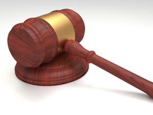 Суд привлечет к ответственности экс-главу новосибирской компании из-за зарплаты