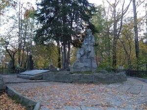 У кладбища в центре Екатеринбурга возведут жилой комплекс