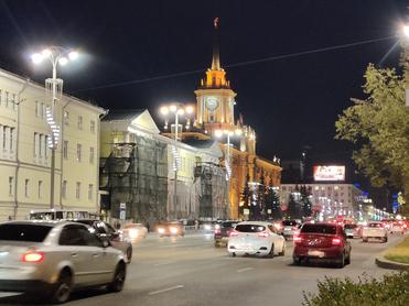 Локдауна в Свердловской области не будет, но QR-коды вводят везде
