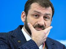 Миллиардер Игорь Рыбаков сократит на 20% зарплату всем сотрудникам без прививки от COVID